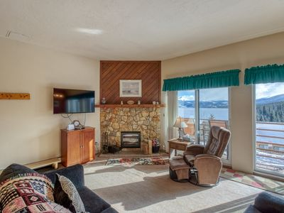 Photo for Homey condo with shared pool, hot tub, and sauna - easy access to ski resorts