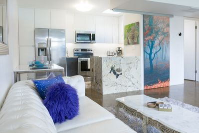 Mid Century Modern Foodie Paradise Great Architecture Design Good Eats Camelback East