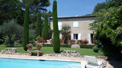 Photo for Splendid Bastide, Large fenced park, heated pool ...