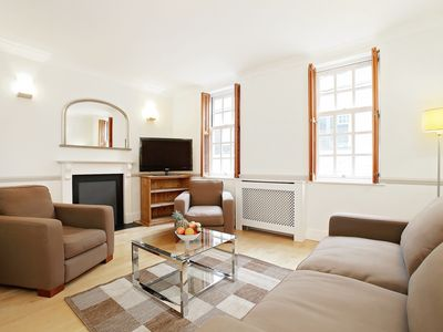 Photo for VICTORIA AREA PRIVATE TOWNHOUSE - CLOSE TO WESTMINSTER AND BIG BEN - SLEEPS 7