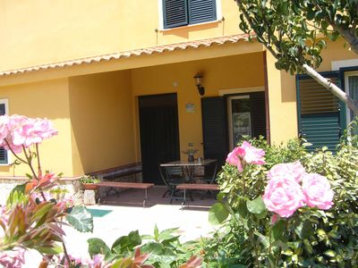 Photo for B & B S. ELIA Room YELLOW: LOVELY VILLA SURROUNDED IN HISTORICAL PARK DUBINI