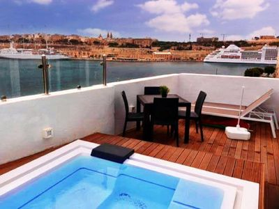 Photo for Senglea Studio Penthouse with the summer pool with sea view