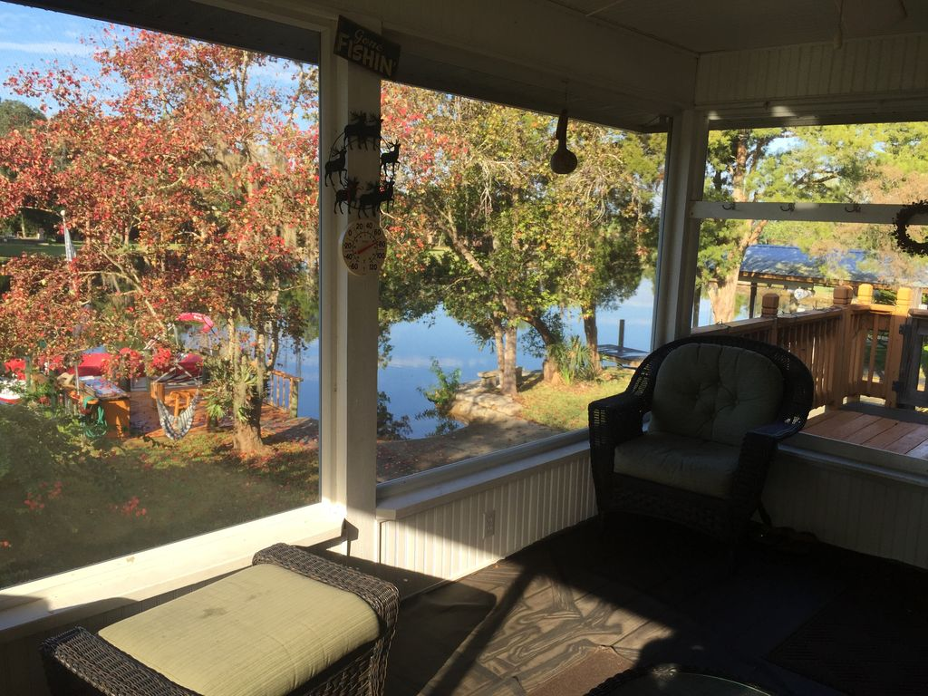 The fish house water front fisherman 39 s retreat open back for Penns fish house