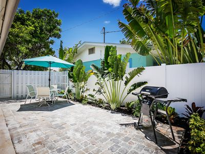 Photo for Rest, Relax and Tan-Boutique Charm Just One House off The Gulf of Mexico