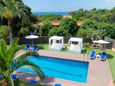 Photo for Club Villamar - A cosy, Spanish villa with private pool and  near the Mediterranean.