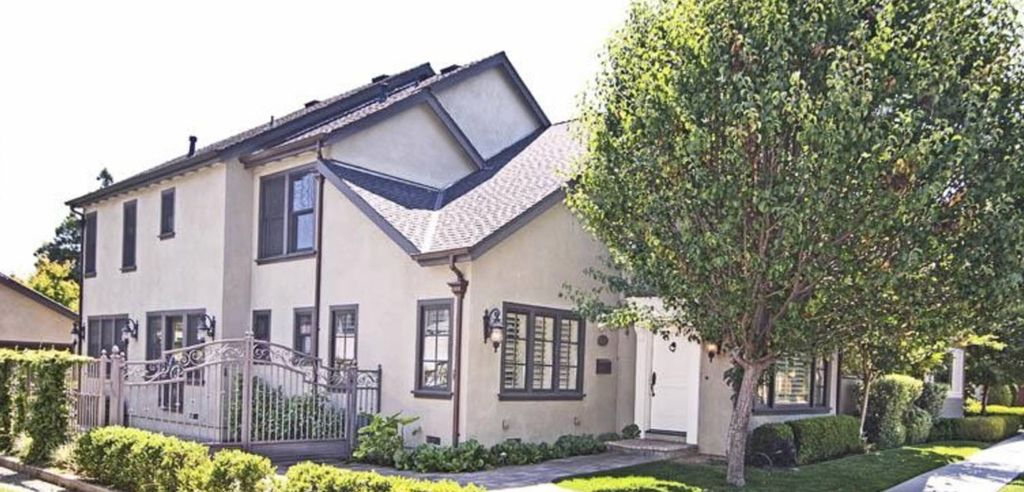 Executive English Tudor In Willow Glen Pool, Spa & Cabana (Centrally Located)