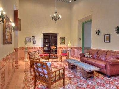 Photo for Colonial Charm In the Heart of Centro