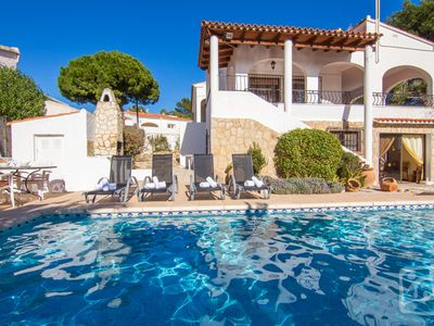 Photo for 4BR Villa Vacation Rental in Calpe / Calp
