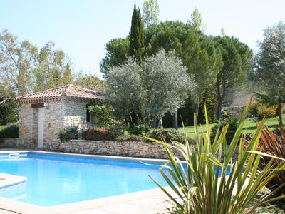 Photo for Spacious Provencal villa 10 minutes from Aix en Provence