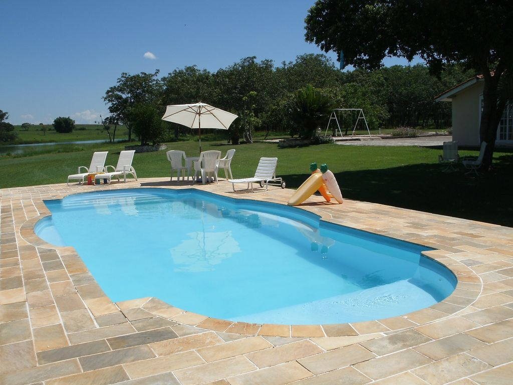 Rancho facing to large fresh water dam pool etc you will love sabino state of sao paulo for What is a freshwater swimming pool