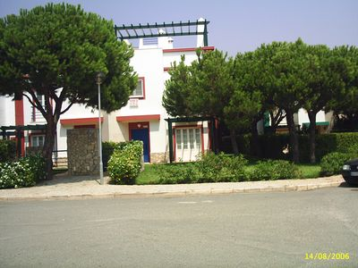 Photo for Holiday home in Praia Verde 700 meters from the beach