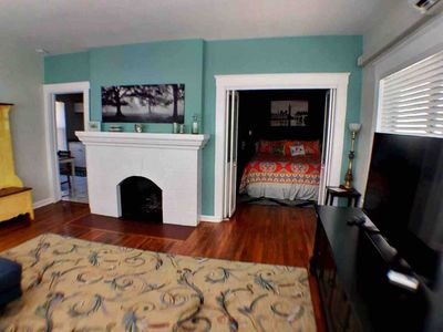 Photo for Large 1BR steps to dwtn ★ 5 min to beach
