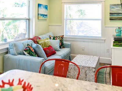 Photo for Tropical Breeze Resort - Full Kitchen - Family and Pet Friendly - Perfect Location. Walk to Everything. INCLUDED: Daily Housekeeping, Bikes, 2 Pools/1 Spa, Beach Chairs, Beach Towels, WiFi, Parking , Games, BBQs and More!