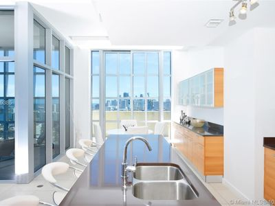 Photo for Feel like a celebrity in a waterfront view penthouse - perfect location!