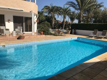 Search 227 holiday rentals