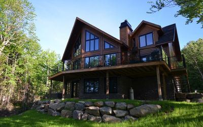 Photo for Chinook - Bord de l'eau - Upscale Residence - Waterfront (L7) Spa - 10 peoples - 4 bedrooms