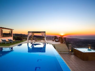 Photo for Stay Over the Sky with Full Luxurious Facilities-The Most Breathtaking View Ever