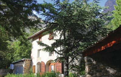 Photo for On an exceptional site, old stone house on the edge of the Ecrins park