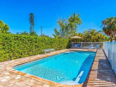 Photo for Yellowbird A: Charming 2 Bed Duplex 5 Houses to Beach, w/Heated Pool. North End!