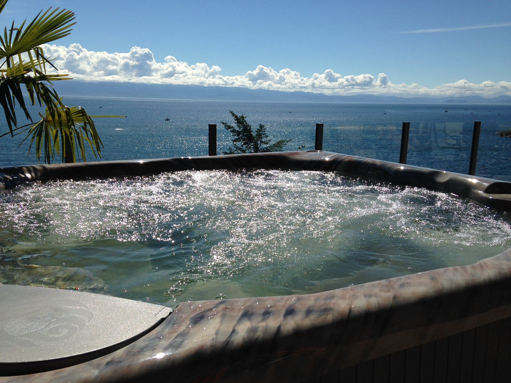 The Best Ocean Front And Mountain View Deck Vrbo