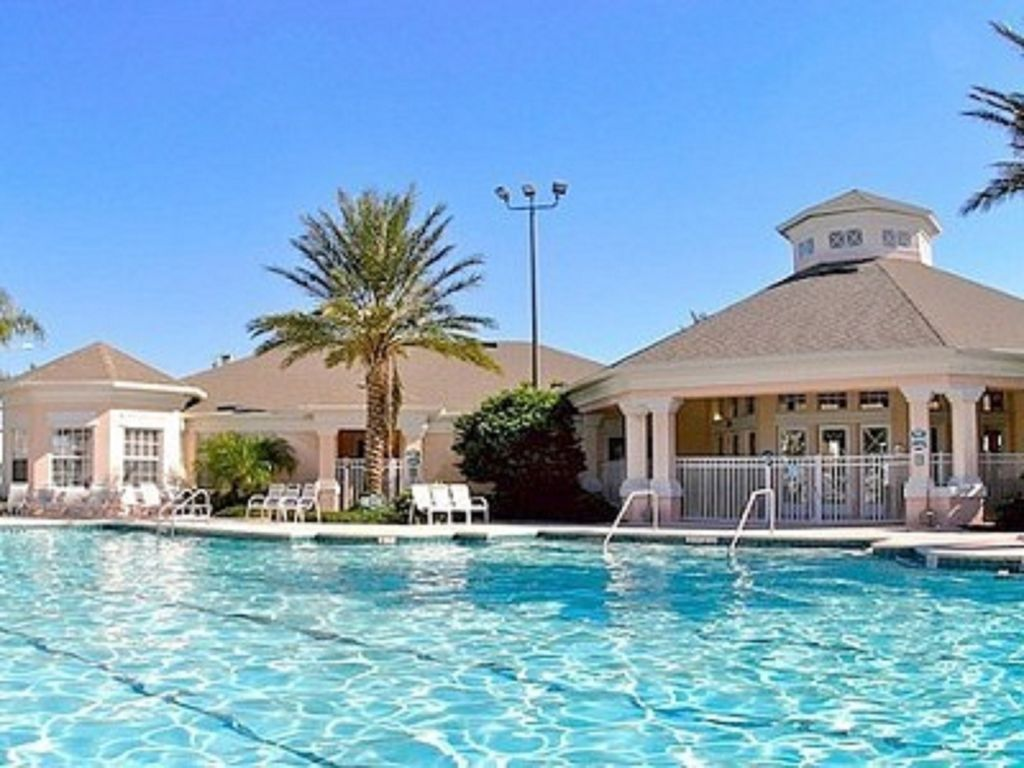 Three Bedroom Condo Near Disney Heated Pool Game Room Gym Full Kitchen Kissimmee Disney