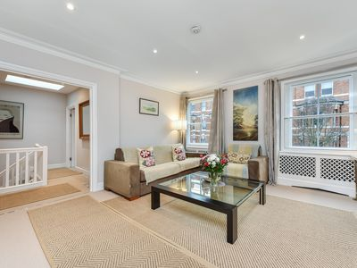 Photo for Spacious Central London Bright 2BR Chelsea