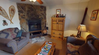 Photo for Valley Condo #124 - Fiber Optic high speed WiFi, Fireplace-Wood, Washer/Dryer, Community Hot Tubs