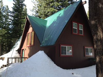 Photo for Charming Family Friendly Cabin, 3BR/2BA + loft
