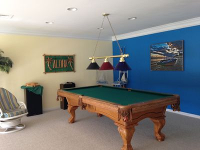 WATERFRONT BR BEACHHOUSE In BETHANY POOL VRBO - Claw foot pool table