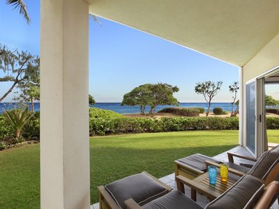 Photo for A107 King Waipouli BEACHFRONT extra large floor plan/ Resort Action Pool