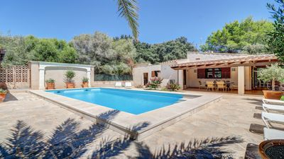 Photo for Rural villa, large pool, quiet location WiFi