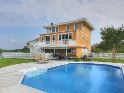 Photo for Bay View Beauty; 180 degree water views; short walk to beach; many amenities.