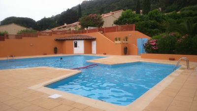 Photo for Apartment in residence, secure with pool and private beach