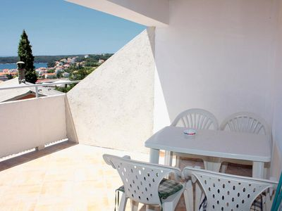 Photo for Two bedroom apartment with terrace and sea view Palit, Rab (A-5031-b)