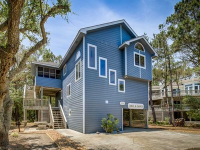 Photo for Deck-A-Dance | 1550 ft from the beach | Hot Tub, Community Pool | Corolla