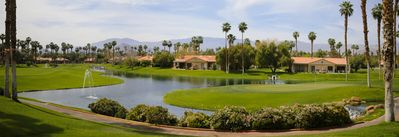 Photo for Gorgeous View! Golf Course Island green w/ Mountains & Water