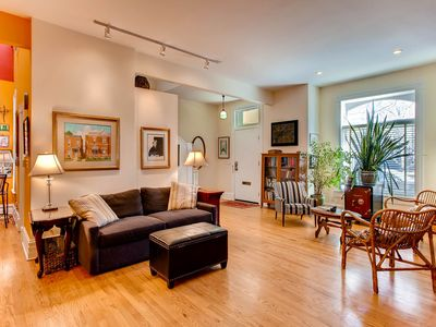 Photo for Cool Artsy Modern Victorian Townhome Close to Downtown
