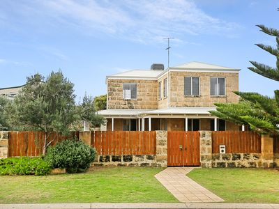 Photo for Falcon Bay Retreat is an unique, pet friendly accommodation located in Mandurah