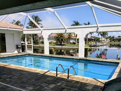 Vacation Retreat With Private Pool On The Isles Canal