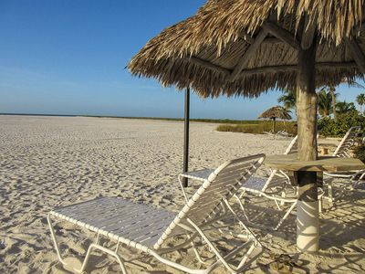 Photo for PARADISE/PRIVATE BEACH/POOL&WIFI/& open Apr  6/25