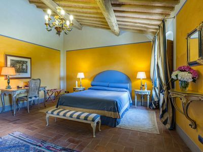Photo for DIMORA DELL'INVENTORE, LUXURY BB, ROOM S. ANNA WITH BATHROOM ENSUITE & LAKE VIEW