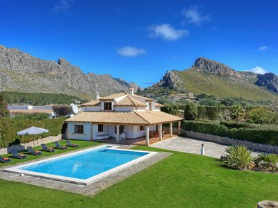 Photo for Villa Eu Figueral -  Includes a private pool, WI-FI & close to local amenities