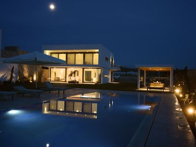 Photo for Prime Beach Front Luxury Villa with Private Tennis Court and 90m2 Infinity Pool