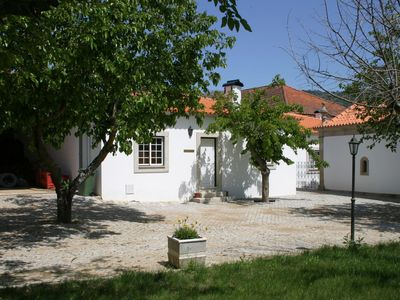 Photo for Detached holiday home on estate with swimming pool and vineyards and olive grove