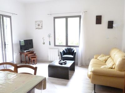 Photo for Nîmes Gard / house / gîte / 2 bedrooms / 4 persons / private pool / garden