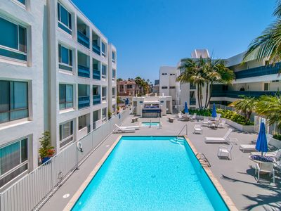 Photo for 1 Block From The Beach, Gorgeous Pool, Sleeps 4