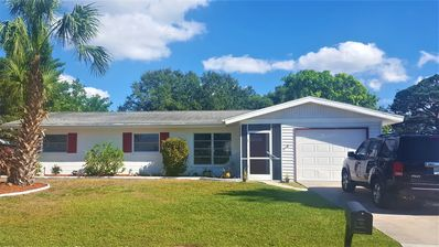 Photo for Pool Home, Under 10 Minutes Drive To World Renowned Siesta Key Beach