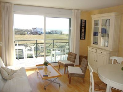 Photo for Very nice F2 south facing cabin with sea view