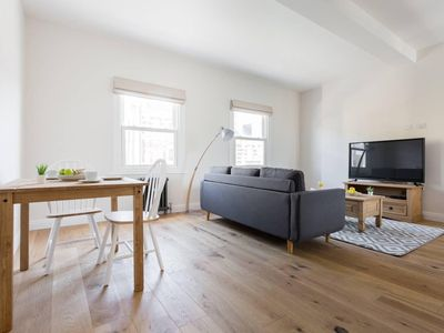 Photo for 2BR Apartment Vacation Rental in Camberwell