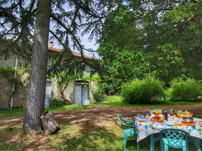 Photo for Charming cottage in a wing of an old vineyard on an estate